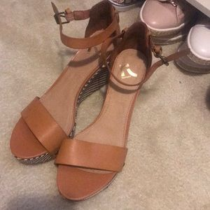 REPORT brand new ankle strap wedges size 9